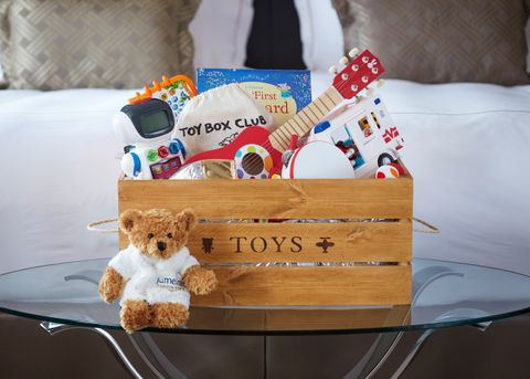 Jumeirah Carlton Tower - Family Fun Package